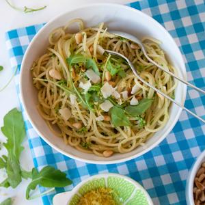 Pesto van rucola uit de tuin