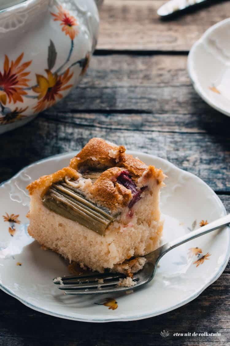 Rabarbercake met kokos