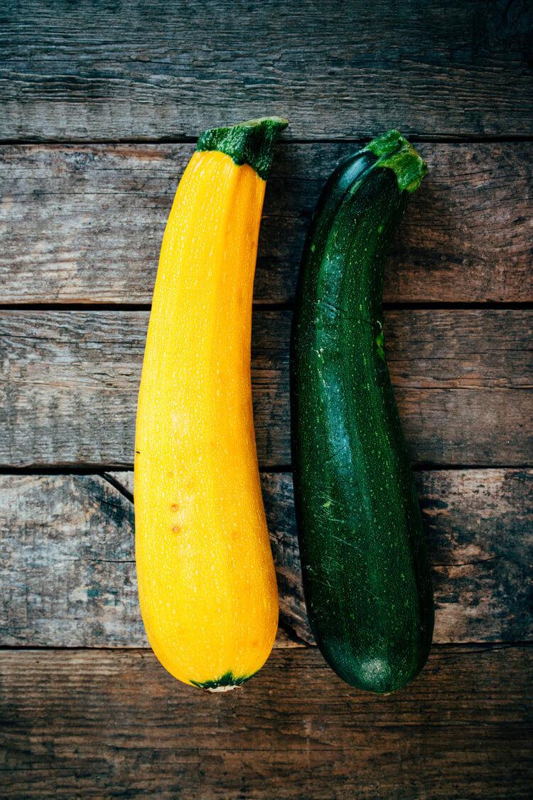 Gele en groene courgettes