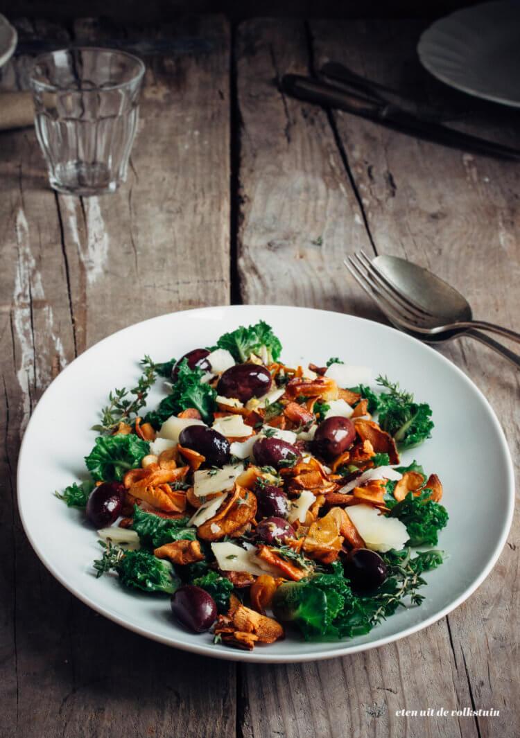 Salade met aardperen, spruiten en citroendressing