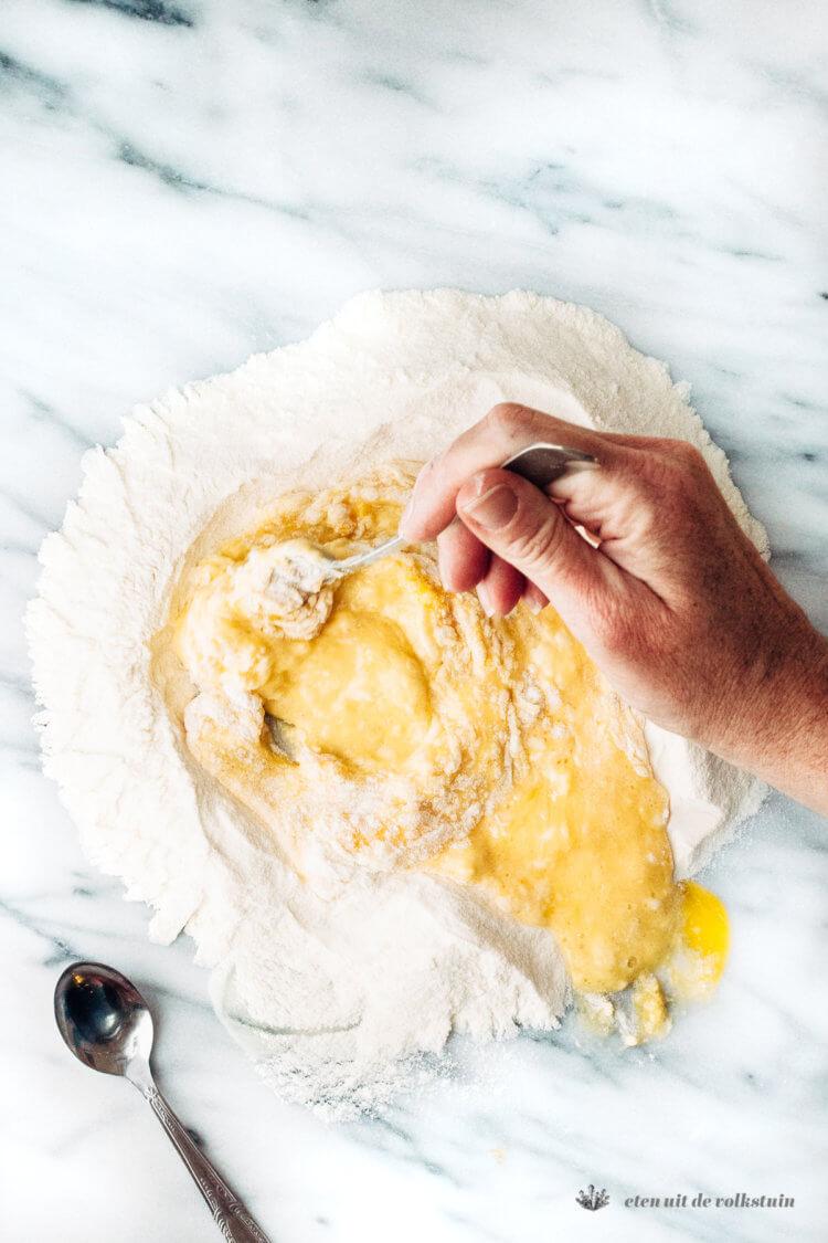 Pastadeeg maken