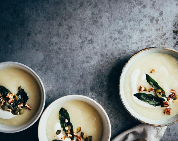 Knolselderijsoep met mierikswortel